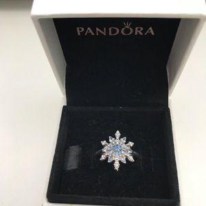 Pandora Sparkling Snowflake Ring